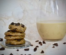 The Yummiest Chocolate Chip Cookies Ever That Happen To Be Sugar-Free and Raw Vegan