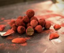 Sahara's Beetroot Dusted Chocolate Truffles (Raw Vegan, Paleo, Ketogenic, Sugar-Free)